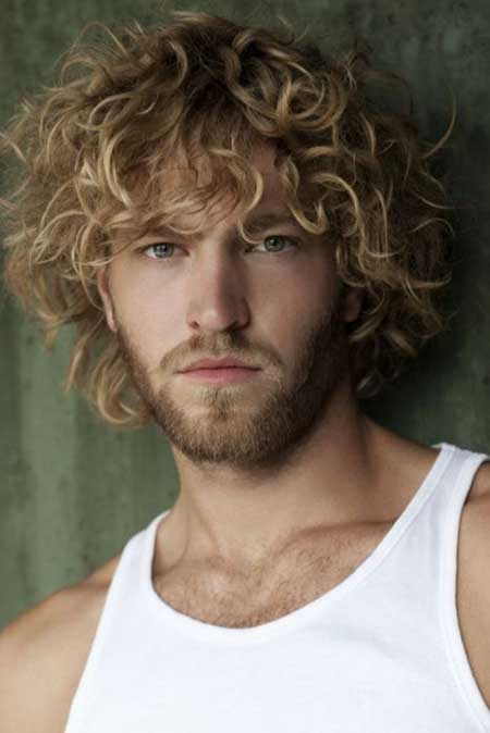 curly-blonde-hairstyles-men-0